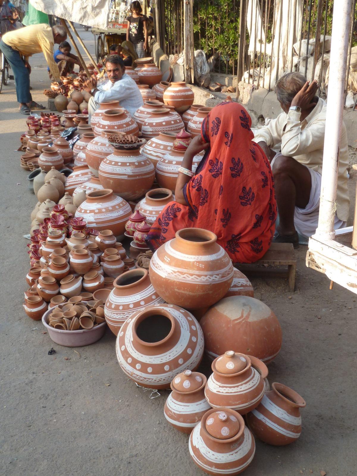 Les jarres en Inde: belles et multiples.